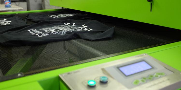 custom-printed-tee